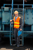 Dockworker going to check embarkation — Stock Photo