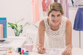 Jonge mode-ontwerpster — Stockfoto