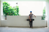 Vietnamese skateboarder — Stock Photo