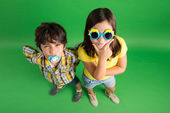 Boy and girl posing — Stock Photo