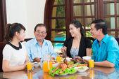 Asijské rodina — Stock fotografie