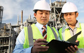 Two engineer discussing a new project — Stock Photo