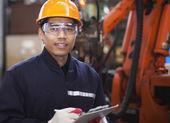 Engineer in factory — Zdjęcie stockowe