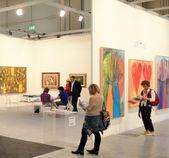 Uluslararası modern ve çağdaş sanat sergisi — Stok fotoğraf
