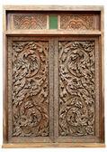 Ancient wood doors Lanna Thai style — Stock Photo