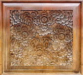 Wood Thai pattern Handmade wood carvings. — Stock Photo