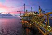 Offshore rig in twilight — Stock Photo