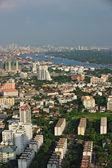 Bangkok city and Chaophraya River from bird's-eye view in evenin — Stock Photo