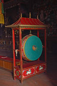 Drum pray in buddhist temple, Nepal — Stock Photo