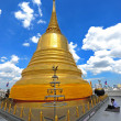Gold moutain temple in bangkok province (thailand.) — Stock Photo