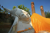 Reclining of buddha, Ancient temple Ayudhaya-Wat Yai Chai Mongko — Stock Photo