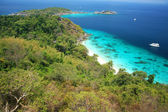 Famous viewpoint of Similan Islands Paradise Bay, Thailand — Stock Photo