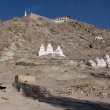 White buddhist chortens in mountains valley near Leh, Ladakh, In — Stock Photo