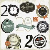 20 yıl yıldönümü imzalar ve kartları vektör tasarımı — Stok Vektör