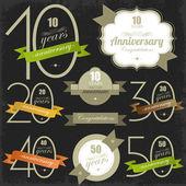 Aniversario tarjetas y signos illulstration jubileo diseño — Vector de stock