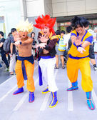 Bangkok - March 30 : Cosplayer from Dragonball Z in Thai-Japan — Stock Photo
