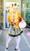 Bangkok - March 30 : An unidentified Japanese anime cosplay pose — Foto de Stock