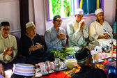 Unidentified Musim senior men pray for Allah for ceremony in Graduation of the Quran. — Stock Photo