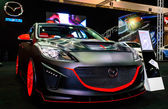 Mazda 3 tentoongesteld op bangkok internationale auto salon 2013. — Stockfoto