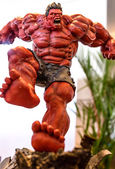 BANGKOK - MAY 10 : The Hulk model in Thailand Comic Con 2014 on — Stock Photo