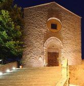 Iglesia por la noche en italia — Foto de Stock