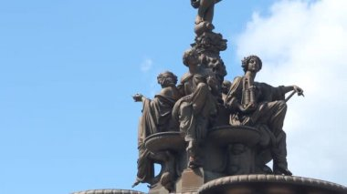 The Ross Fountain in Princes Street Gardens — Stock Video