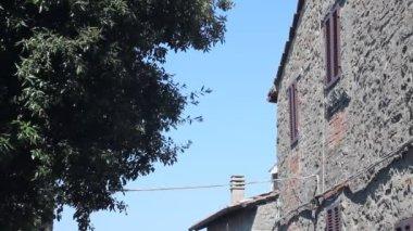 Little Italian street in Cortona — Stock Video