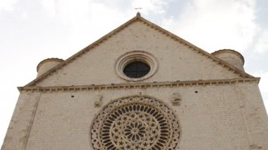 Basilica of San Francesco (Saint Francis) in Assisi — Stock Video