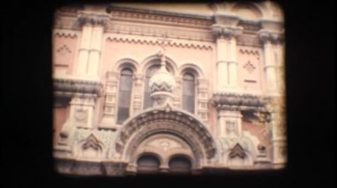 Vintage 8mm. Orthodox church in Italy — Stock Video