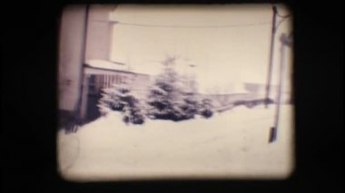 Vintage 8mm. Snowy street — Stock video