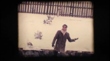 Vintage 8mm. Friends playing with snow — Stock Video