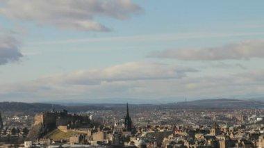 Timelapse z edynburga, z widokiem na zamek. — Wideo stockowe