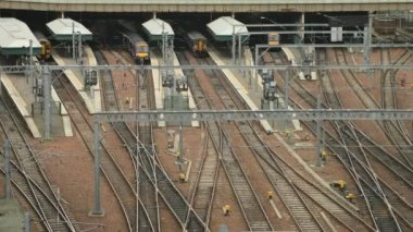 Timelapse of the train station in Edinburgh. — Stock Video