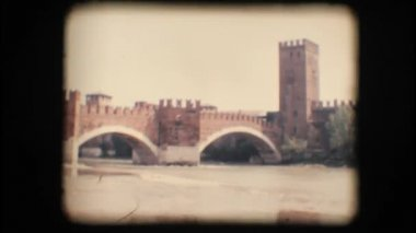 Vintage 8mm. Medieval bridge in Verona — Stock Video