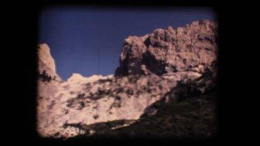 Vintage 8mm. Dolomite mountains — Stock Video