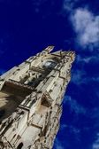 Bell tower of the Basilica of the national vow, Quito — Stock Photo