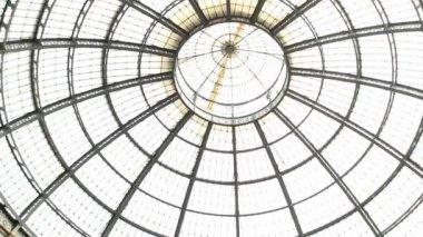 Galleria Vittorio Emanuele in Milan — Stock Video