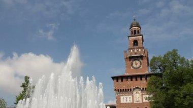 Main entrance of Castello Sforzesco in Milan — Stock Video