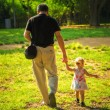 Man with a child — Stockfoto