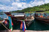 Cheo lan lago khao sok tailândia de parque nacional — Foto Stock