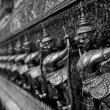 The Grand Palace. Temple of the Emerald Buddha. Gold ornamental — Stock Photo #22387817