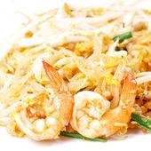 Estilo de comida tailandesa, fideos de arroz frito (pad thai) — Foto de Stock