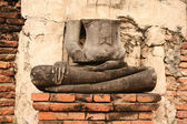 Ruin buddha statue — Stock Photo