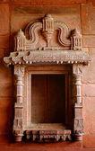 Carving facade wall at fatehpur sikri — Stock Photo