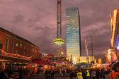 Efectos de luz por la noche en la feria — Foto de Stock