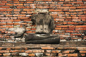 Ancient damage buddha statue in Ayutthaya, Thailand. — Foto Stock