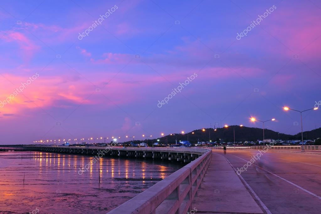 View of a beautiful sunset sky — Stock Photo #18018713