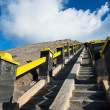 Strairway to Mount Bromo volcanoes in Bromo — Foto de Stock