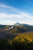 Mount Bromo volcanoes in Bromo Tengger Semeru National Park — Stock Photo