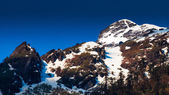 Snow mountain with blue sky at Sikkim , India — Stockfoto